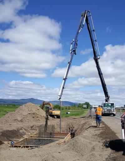 cement-truck-pouring-cement-Oregon