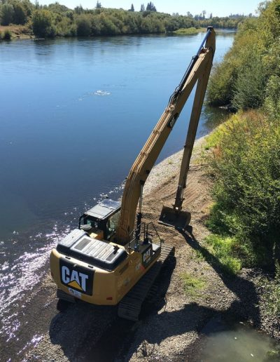 cat-tractor-gravel-relocation-Corvallis-Taylor-Water-Treatment-Plant-Gravel-Relocation-Corvallis-Oregon
